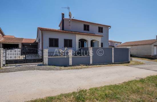 For sale, House 180.58m2, family house, Pula