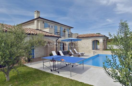 Two stone houses with pool, sea view, Medulin