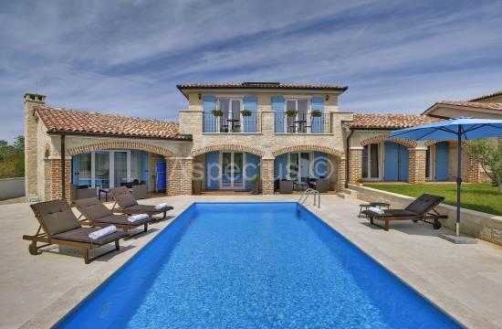 Два каменных дома с бассейном, вид на море, Медулин