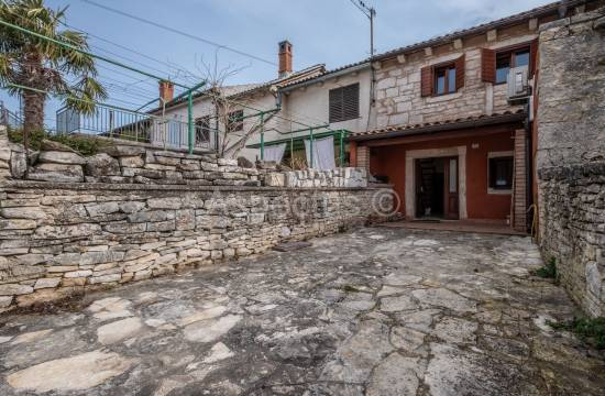 Newly renovated stone house in a row, Zminj, Modrusani