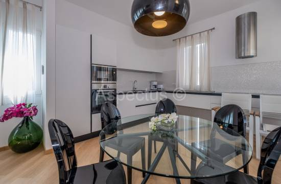 Attraktive Wohnung voll möbliert, zwei Schlafzimmer, Vrsar, Funtana