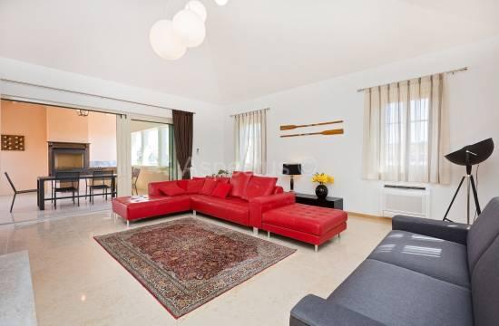 Роскошная квартира на 1-м этаже нового здания, парковка, Врсар, Фунтана