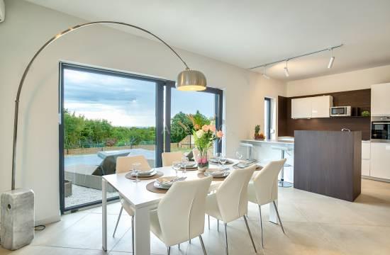 Novoizgrađena moderna kuća sa bazenom,pogled more, Krnica, Marčana