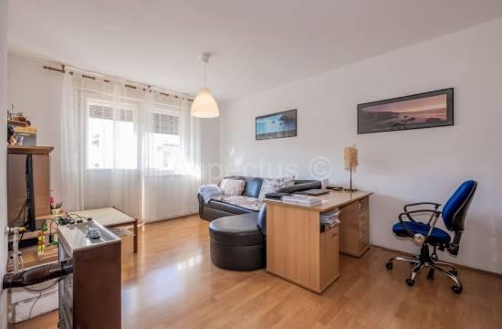 Comfortable two bedroom apartment, Pula, Šijana