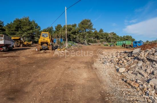 Building land for industrial purposes 6963 m2, Pula, Stinjan