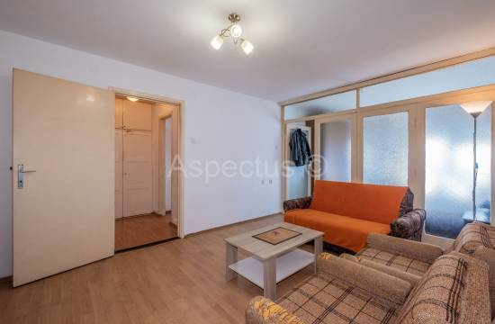Apartment, two bedrooms, 3. floor, center, Pula