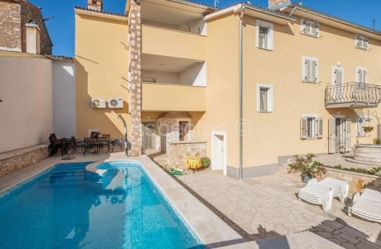 Apartmenthaus, 6 Wohnungen, Meerblick, Pool, Vodnjan-Dignano