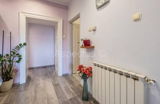 Appartamento con tre camere da letto e studio separato, 1 ° piano, Pola, Monte Zaro