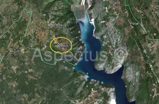 Istra-Hrboki, zazidljiva parcela 547m2