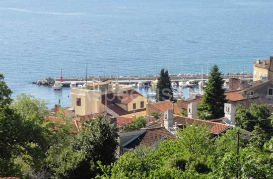 Opatija, luxury apartment in a house with sea view