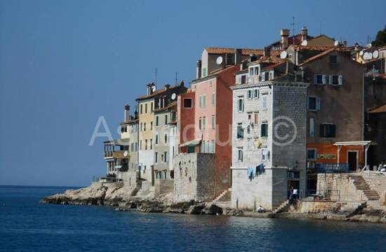 Rovinj, office building 1260.41 m2