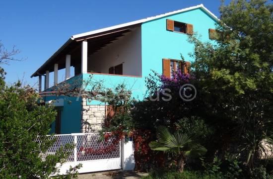 Medulin, Banjole, kuća 340m2 sa tri stana, pogled more