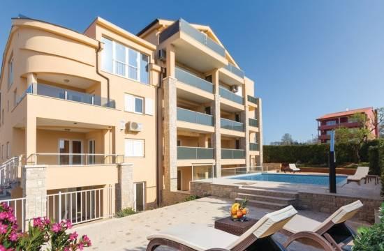 Superior Apartment mit Terrasse, 150 m vom Strand entfernt!
