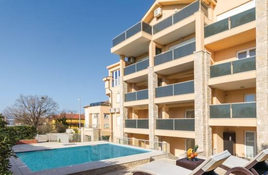 Two-bedroom apartment with terrace, 150 m from the beach!