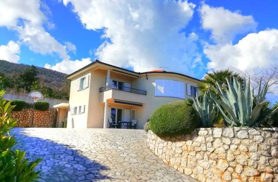 Beautiful family house with sea view, near Labin!