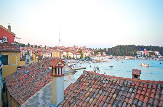Old city of Rovinj, townhouse Foe Sale, furnished, 100 m from the sea!